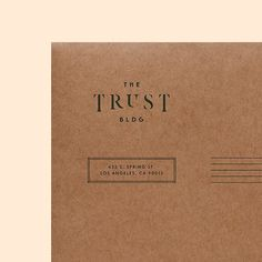 Delicate, charming typography printed on kraft paper — lovely print design inspiration! Collateral Design, Brand Identity Design, Stationery Design, Branding Design, Lettering, Typography Prints, Typography Letters, Typography Design, Material Design