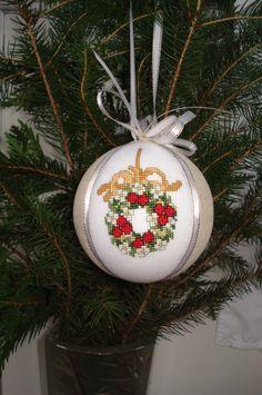 #Christmasballs#HandmadeChristmas#Kimekomi