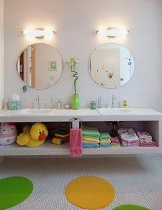 Simple #children's #bathroom design