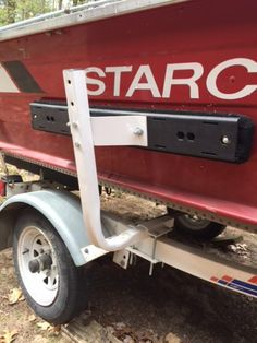Do you have trouble getting your boat loaded on the trailer? Does it take you two or three attempts to get it centered on the keel rollers or between your fenders? If so, it won't take you long to see the benefits of installing boat guide ons! Flat Bottom Jon Boat, Kayak Trailer, Recipe For Success, Boat Projects, Diy Boat, Bass Boat, Boat Stuff, Boat Building, Boating