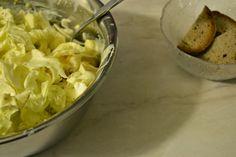 Zuckerhut-Salat mit Orange, Apfel und Walnüssen - Leberkassemmel und mehr