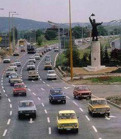 Az M.7 es bevezető szakasza, Osztyapenkóval. Old Photos, Vintage Photos, Anno Domini, Budapest Hungary, Historical Pictures, Retro Cars, Capital City, Vintage Photography, Dream Cars
