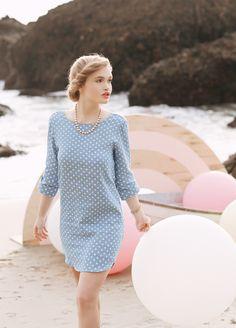 El verano ya casi está aquí! Que te parece este vestido? Cómodo seguro @Vogue Spain