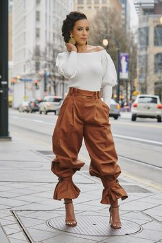 Black Girl Fashion, Look Fashion, High Fashion, Autumn Fashion, Womens Fashion, Chic Outfits, Fashion Outfits, Fashion Trends, Fashion Tips