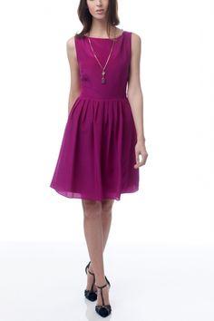 Magenta dress made from vintage silk crepe. $285 on Ethical Ocean. #sustainablefashion #madeintheusa #vintage