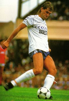 Tottenham Hotspur H Football Player Photographs Pure Football, Football Icon, Football Photos, Chelsea Football, World Football, Football Players, Football Kits, Retro Football Shirts, Vintage Football