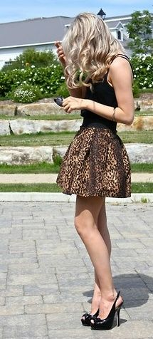 Cute outfit and slingbacks