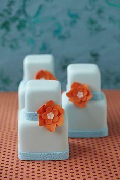 #CakeDecorating Tiered Mini #Cakes with Orange Flowers! #Issue37
