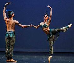 Natalia Berrios y José Manuel Ghiso, del Ballet Santiago de Chile.