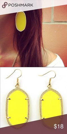 Yellow Geometric Earrings Brand new in packaging yellow with gold trim geometric earrings. Pic 1 for modeling purposes only. Pic 2 is the actual earring. NO TRADES Jewelry Earrings