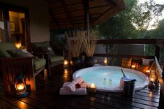 For intimate game lodge accommodation in South Africa choose Sabi Sabi's Little Bush Camp a luxurious yet friendly safari lodge for family ,friends or small groups. Hot Tub Deck, Outdoor Baths, New Toilet, Bathroom Spa, Private Games, Design Case, Home Spa, Modern Bedroom, Master Bedroom