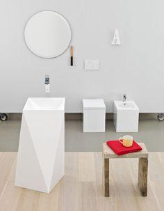 Sharp, design Meneghello Paolelli Associati #freestanding #washbasins #design #lavabo #centrostanza