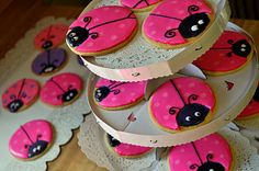 Ladybug decorated sugar cookies.  I know a girlie who will love to make these...  :)