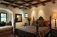 Mediterranean Bedroom Design Ideas, Pictures, Remodel and Decor Spanish Colonial Homes, Spanish Style Homes, Spanish House, Spanish Revival, Hacienda Decor, Hacienda Style, Spanish Bedroom, Mediterranean Bedroom, Bedroom Styles