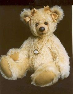 """[Patterns] """"Goldie"""" Pattern / Free Patterns / Teddy Talk: Creating, Collecting, Connecting"""
