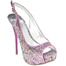 I REALLY want these!!!! These are So Galinda! ;)