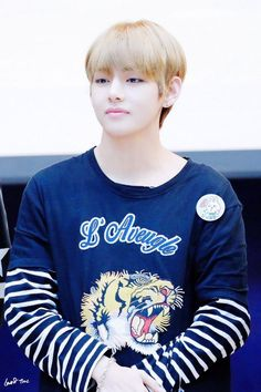 Taehyung-ah ... you are so cute oww