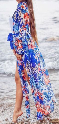 #summer #outfits / blue floral dress