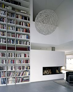 House on the Fichtestrasse. I don't usually go for white-on-white or black-and-white minimalism, but that bookcase makes me happy.