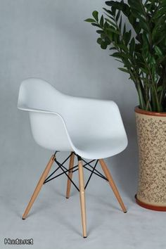 On sale! http://www.cadesign.ie/furniture/floor-samples/eames-daw-chair/