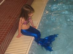 DIY mermaid tail with insertable swim fin! This is awesome, and there is no doubt a way to do it in an adult size.