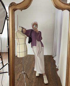 Modern Hijab Fashion, Street Hijab Fashion, Hijab Fashion Inspiration, Muslim Fashion, Modest Fashion, Casual Hijab Outfit, Hijab Chic, Diy Clothes And Shoes, Hijab Trends