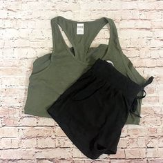 Styles so HOT  they'll blow your mind at Clothes Mentor East Norriton! .  . NEW PINK olive top size S $8 and Derek Heart black shorts size S $4 . It's Almost Galentines Day!  Join us this Friday/Saturday for GIRLS NIGHT OUT...celebrate friendship with food fun freebies and FASHION! 4-8 PM on both February 2 & 3  .  . Gotta have it? Shop: 61 E. Germantown Pike  Hours: Mon- Sat: 10-8 Sun: 12-6 We do phone orders!! Call: 610-455-1500 We ship and deliver free to our sister stores: Springfield…