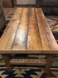 Ineffable Chest of Drawers from Wooden Pallets Ideas. Prodigious Chest of Drawers from Wooden Pallets Ideas. Reclaimed Wood Coffee Table, Rustic Coffee Tables, Rustic Table, Old Wood Table, Reclaimed Barn Wood, Woodworking Furniture, Pallet Furniture, Rustic Furniture, Outdoor Furniture