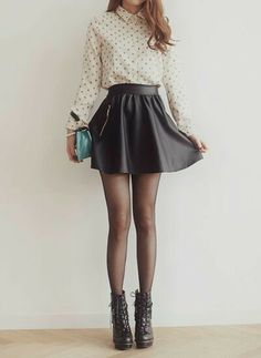 Leather skirt... I love this outfit!!!