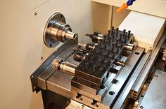 Small Gang Tool Lathe - Low Cost, Small Parts Production. Cnc Lathe Machine, Machine Tools, Mini Cnc Lathe, Industrial Machinery, Turning Tools, Garage Workshop, Machine Design, Ideas, Tools