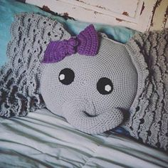 pillow edging crochet Josefina and Jeffery the elephants are my absolutely favorite animal creations! Their curved trunks remind me of hooks and inspire me to crochet. I designed Elephant Cushion, Elephant Blanket, Crochet Elephant, Crochet Unicorn, Crochet Pillow, Crochet Hooks, Crochet Afghans, Half Double Crochet, Single Crochet
