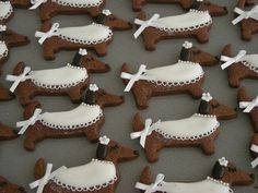 Dachshund Cookies i want to bake....for her birthday party of course!