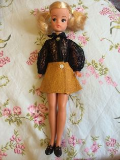 Pedigree SINDY DOLL Dressed Black Lace Body & Leather-look Skirt 1970's Solid | eBay