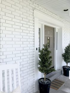 How to Paint Exterior Brick Like a Pro is part of exterior Paint Ranch - Hate your Brick Need a change Head over for a complete tutorial on how to paint exterior brick like a pro! It is easier than you think Exterior Stairs, Wall Exterior, Exterior Paint Colors For House, Exterior Remodel, Paint Colors For Home, Paint Colours, How To Paint A Brick House, Stained Brick Exterior, Brick Exterior Makeover