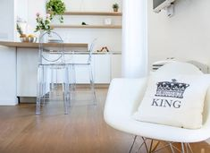 Kitchen with laminate flooring Living- K-uno XL Rovere California 522 Laminate Flooring, Real Wood, California, Chair, Interior, Kitchen, House, Furniture, Ideas
