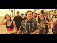 Phora - Sunny California.  I'm from that SUNNY CA!❤️
