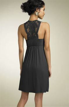 I think I have the perfect dress to refashion into this...love for the summer.