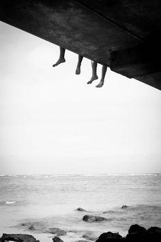 dangling feet // Arbitrary Nonsense