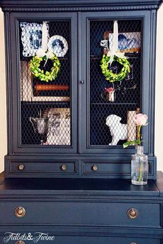 Guest Bedroom Makeover REVEAL Just love the color of this piece. It is Maison Blanche chalk paint - in Wrought Iron? Chalk Paint Furniture, Furniture Projects, Diy Furniture, Chalk Paint Hutch, Furniture Stores, Black Furniture, Furniture Outlet, Vintage Furniture, Bedroom Furniture