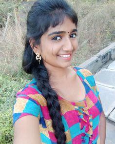 Beautiful Girl Photo, Beautiful Long Hair, Beautiful Girl Indian, Beautiful Women, Cute Beauty, Beauty Full Girl, Beauty Women, Girl Pictures, Girl Photos