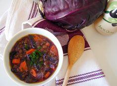 Sopa de lentilhas e couve roxa - Lentil and red cabbage soup