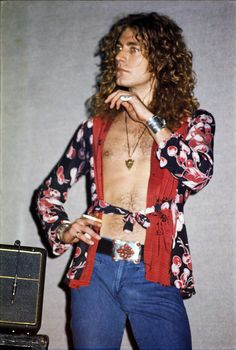 soundsof71:  Robert Plant, Led Zeppelin