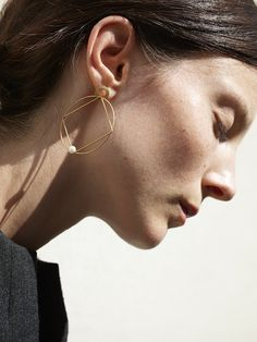 Forme Collection 2010 18kt Yellow Gold & Pearls