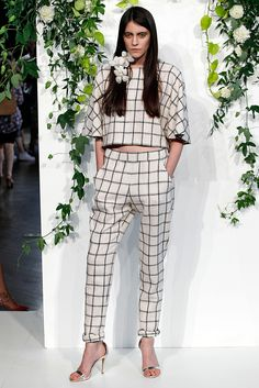 Kaelen | Spring 2015 Ready-to-Wear | 08 Monochrome checkered short sleeve cropped top and trousers