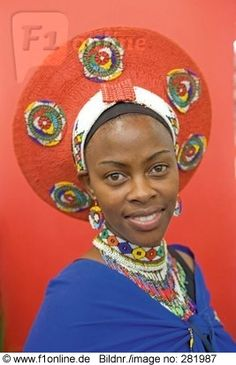 Portrait of woman in traditional clothing, Durban, South Africa African Life, African Culture, African Women, African Art, Cultures Du Monde, World Cultures, We Are The World, People Around The World, African Beauty