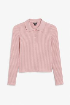 A ribbed piqué top in a pink shade featuring long sleeves, a soft feel and a stretchy fit. And yaas, a retro style to go with it Pink Tops, Black Tops, Beige Top, Monki, Retro Fashion, Long Sleeve Tops, My Style, Retro Style, Mini Skirts