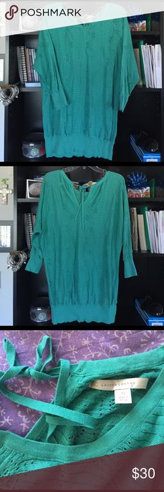 Lauren Conrad Green Sweater Top Love this item but it's too big for me! Worn once, long Top great over a pair of leggings or skinny jeans. Has a little tie at the neck. It's sized xtra small but it's really pretty flowy, at a medium I wore it like a medium top. Lite sweater like material with design. 💕 LC Lauren Conrad Sweaters Crew & Scoop Necks
