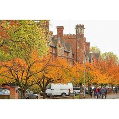Cambridge -How do you make a great first impression?  #Job #VideoResume #VideoCV #jobs #jobseekers #careerservices #career #students #fraternity #sorority #travel #application #HumanResources #HRManager #vets #Veterans #CareerSummit #studyabroad #volunteerabroad #teachabroad #TEFL #LawSchool #GradSchool #abroad #ViewYouGlobal viewyouglobal.com ViewYou.com #markethunt MarketHunt.co.uk bit.ly/viewyoupaper #HigherEd #PersonalBrand #brand #branding @cambridgeuniversity