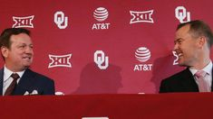 Bob Stoops knew what he was doing when he stepped down as Oklahoma coach and handed the program over to Lincoln Riley. Through a relationship built on trust and mutual understanding, the Sooners have pulled off a near-impossible feat.