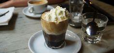 Einspänner, un fuerte café vienés - http://www.absolutaustria.com/einspanner-un-fuerte-cafe-vienes/
